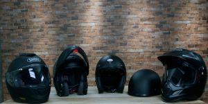 Moto helmet types